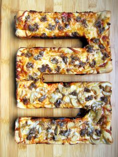 Brownie Pan Pizza with Homemade Pizza Sauce