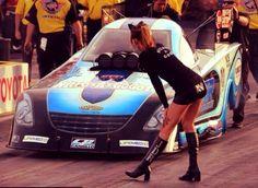 Funny Car Drag Racing, Nhra Drag Racing, Funny Cars, Trucks And Girls, Car Girls, Top Fuel, Grid Girls, Drag Cars, Vintage Racing