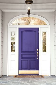 Front Door Paint Colors - Want a quick makeover? Paint your front door a different color. Here a pretty front door color ideas to improve your home's curb appeal and add more style! Best Front Door Colors, Best Front Doors, The Doors, Entry Doors, Front Entry, Front Porch, Entryway, Dark Front Door, Front Door Trims