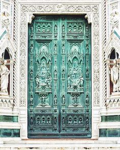 Love the doors on the Duomo in Florence.