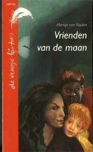 Het gaat over een vampier die een meisje wil. de moeder gaat het hallen ze komt  in een stad en dan........... ik vond het een leuk en spannend boek als je van een triller houdt dan raat ik deze aan.