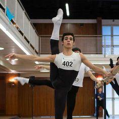 Ignacio Lopez, Spain (Prix de Lausanne, I find It crazy that a male can be more flexible than me. Male Ballet Dancers, Ballet Boys, Ballet Class, Patrick Dupond, Dance Movement, Ballet Photography, Dance Pictures, Dance Images, Lausanne