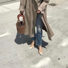 #inspo #streetstyle #fashion #chic #thefrankieshop #frankiegirl This Is Summer's Instagram-Famous It Bag | WhoWhatWear