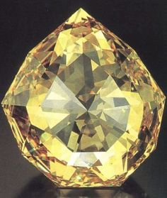 Florentine is an enigmatic diamond which has light yellow color,with green overtone & estimated137 carats.Its history starts with duke of Burgundy in 15th c He died in battle while wearing diamond.Stone was stolen by peasant & sold for a florin(he thought it was glass) It then changed owners few times In the 17th c, stone became possession of Medici familly.With last Medici diamond became one of Habsburg Crown Jewels.After World War I,it was stolen and never found again, from Iryna
