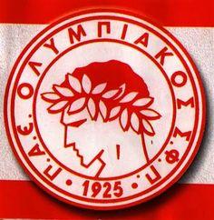 Ολυμπιακός Football Team Logos, Decorative Plates, Home Decor, Decoration Home, Room Decor, Home Interior Design, Home Decoration, Interior Design