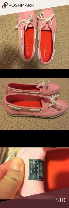Size 8 pink Nautica boat shoes EUC, may be a little dusty.  Perfect for spring and summer. Size 8. If you're interested in the original box, let me know and I'll look for it :) Nautica Shoes