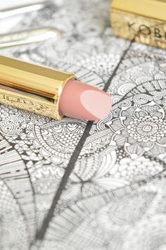 Kobo, Pomadka matte lipstick, 414 Smoked wood, 4,5 g - Nie do końca kosmetycznie!