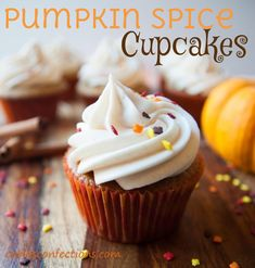 Carlas Confections: Pumpkin Spice Cupcakes with Cinnamon Cream Cheese Frosting Yummmm!!!!