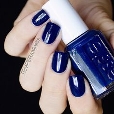 Essie style cartel beautiful navy polish mani nails