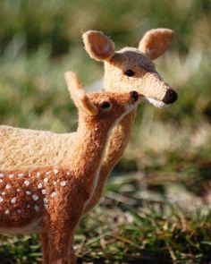 deer - mom& baby