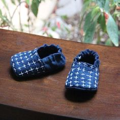 Wayfarer Shoes - pattern from Twig and Tale for reversible shoes!