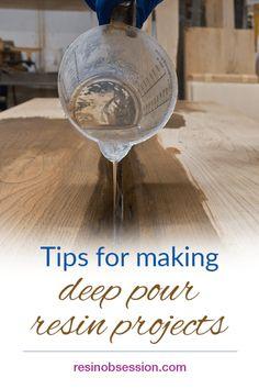 Diy Resin Inlay, Resin In Wood, Diy Resin Art, Diy Resin Crafts, Hand Crafts, Diy Resin River Table, Epoxy Wood Table, Glow In Dark Table, Diy Resin Projects