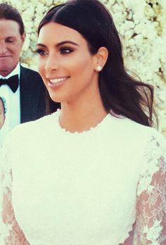 O Rímel que Kim Kardashian usou em seu casamento
