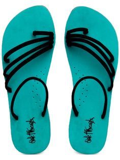 Cool flip flops! - cooliyo.com Flipping, Flip Flops, Sandals, Places, Projects, Recipes, Stuff To Buy, Shoes, Fashion