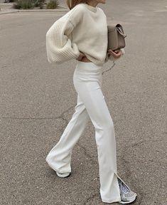 Fashion Tips Outfits .Fashion Tips Outfits Mode Outfits, Trendy Outfits, Fashion Outfits, Womens Fashion, Fashion Tips, Fresh Outfits, Fashion Essentials, Modest Fashion, Hijab Fashion