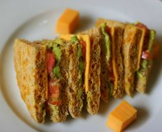 JIFFY CHEDDAR SANDWICH BREAD - low carb - serves 1