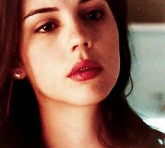Adelaide Kane Gif Hunt Under the cut are 475 mostly HQ gifs of Adelaide Kane. Reign Mary, Mary Queen Of Scots, Adelaide Kane Gif, Adeline Kane, Cora Hale, Draco Malfoy Imagines, Chica Cool, Harry Potter Wizard, Mary Stuart