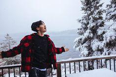 Behind the scene of Henry shooting the Hey Bro MV Henry Lau, Hey Bro, Super Junior, Canada Goose Jackets, Winter Jackets, Kpop, Bae, Scene, People