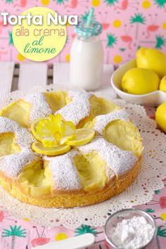 La torta nua è un dolce molto famoso sul web. Non so a cosa si debba il suo nome, probabilmente deriva da colei che l'ha inventata, ma so...
