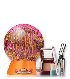 Beauty & the Bay Christmas kit comes with four benefit favourites including full size High Brow, Hoola matte bronzing powder, They're Real! mascara, and a High Beam mini. Benefit Cosmetics, Benefit Makeup, Christmas Shopping, Diy Painting, Things To Buy, Mini, Holiday Gifts, Beauty Makeup, Great Gifts