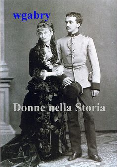 Tsar Nicholas, in hussar uniform, and Princess Alix of Hesse (later Alexandra Feodorovna) in their official engagement portrait. Photograph by Sergei Lvovich Levitsky. Alexandra Feodorovna, Anastasia, Princesa Alice, Thurn Und Taxis, Hesse, House Of Romanov, Tsar Nicholas, Imperial Russia, Prince Albert
