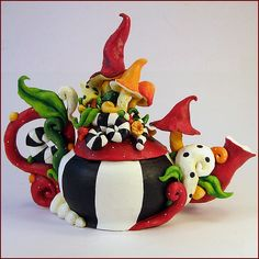 Artist: Oona Nevar Mushroom Magic Teapot