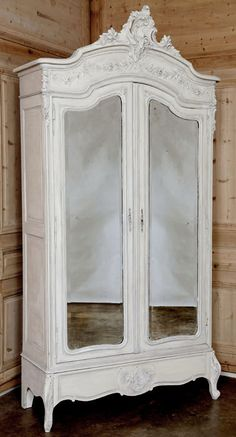 Louis Xv Antique Furniture - Ideas on Foter Antique Interior, Antique Furniture, Furniture Decor, Painted Furniture, Bedroom Furniture, Bedroom Decor, Furniture Makeover, Furniture Design, Armoire Antique