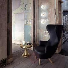 Buy Tom Dixon Stone Wall Light online with Houseology's Price Promise. Full Tom Dixon collection with UK & International shipping. Luminaire Design, Lamp Design, House Painting Cost, Luxury Table Lamps, Wall Appliques, W Hotel, Stone Pendants, White Marble, Wingback Chair