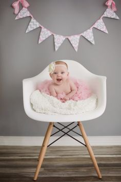 Pregnancy Baby's First Year Pennant Banner / Newborn Monthly Photo Prop / Pink and Gray Chevron / Custom Baby Shower Decor / Countdown 3 Month Old Baby Pictures, 4 Month Old Baby, Baby Girl Pictures, Baby Photos, Children Photography Poses, Newborn Baby Photography, Photography Ideas, Newborn Monthly Photos, Baby Club