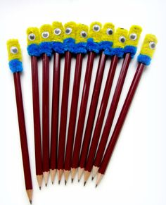 Pencil, Minion Pencil, Pencil for Kids, Teacher, Students by VioletaOwl on Etsy Pencil Topper Crafts, Pencil Toppers, Art For Kids, Crafts For Kids, Arts And Crafts, Diy Crafts, Pipe Cleaner Art, Market Day Ideas, Crayon