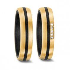 Diese aussergewöhnlichen Eheringe sind aus Gold und dem NEUSTEN TREND MATERIAL Carbon / Karbon! Sehr sehr schick :)