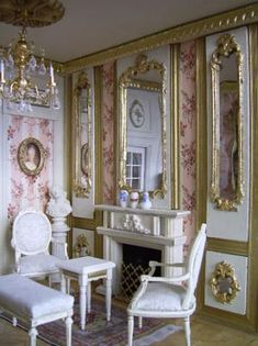 Le petit salon. Hmm, maybe I should switch from English Georgian to French rococo when decorating my dolls' house!