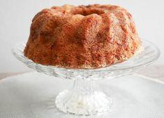 Een appel- kaneel tulbandcake - Foodaholic Dutch Recipes, High Tea, Vanilla Cake, Baking Soda, Tea Time, Cake Toppers, Sweet Tooth, Pudding, Sweets