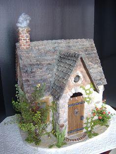 My Greenleaf Dollhouses: Greenleaf Custom Buttercup Dollhouse Kit - great look for a playhouse.