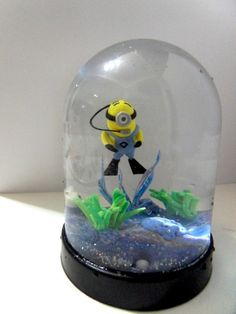 diving minion globe5