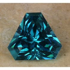 Apatite 6.01ct. faceted --- not usually a huge fan of cut stones but I love me some apatite!
