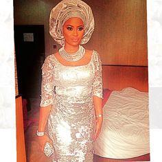 Omowunmi Akinnifesi at reni Smith's Wedding  ~African fashion, Ankara, kitenge, African women dresses, African prints, African men's fashion, Nigerian style, Ghanaian fashion ~DKK