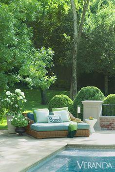 How To Create The Perfect Outdoor Living Room - Outdoor design ideas - Veranda