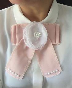 Women Bow Tie, Girls Maxi Dresses, Tie Crafts, Ribbon Jewelry, Diy Fashion, Womens Fashion, Barrettes, Apostolic Fashion, Girls Bows