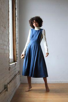 Vintage Irish linen dress with black trim Size S