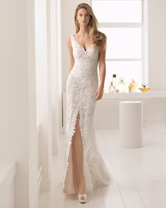 Aire Barcelona Wedding Dresses - Search our photo gallery for pictures of wedding dresses by Aire Barcelona. Find the perfect dress with recent Aire Barcelona photos. Aire Barcelona Wedding Dresses, Wedding Dresses Sydney, Slit Wedding Dress, Beautiful Wedding Gowns, Elegant Wedding Dress, Best Wedding Dresses, Bridal Dresses, Wedding Poses, Gown Wedding