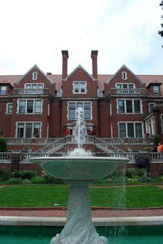 Glensheen Mansion, DULUTH MINNESOTA. TOURED THE MANSION YRS AGO. HUGH.