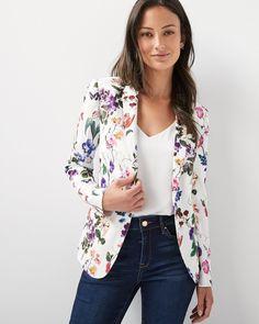 outfit with blazer Blazer Floral, Floral Jacket, Blazer Jackets For Women, Blazers For Women, Coats For Women, Clothes For Women, Ladies Blazers, Women Blazer, Blazer Outfits