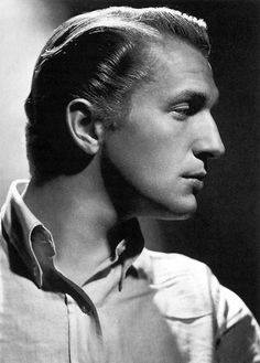 Vincent Price — Handsome and cultured, he donated hundreds of masterpieces from his personal collection to a LA college, in order to endow an art museum named in his honor.