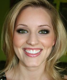 For Lauren - makeup for green eyes & neutral lip