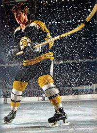 Bobby Orr - Boston Bruins by Sports Illustrated Hockey Rules, Hockey Teams, Hockey Players, Ice Hockey, Hockey Mom, Hockey Sport, Hockey Stuff, Boston Sports, Boston Red Sox