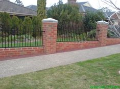 7 Mind Blowing Useful Ideas: Brick Fence Country small fence country living.Fence And Gates Fun low fence plants. Brick Fence, Front Yard Fence, Farm Fence, Diy Fence, Fence Landscaping, Backyard Fences, Garden Fencing, Cedar Fence, Pallet Fence