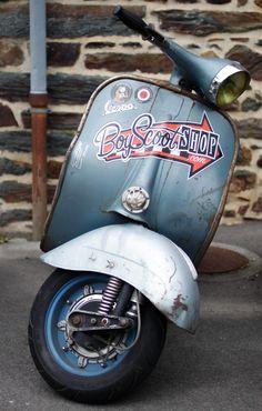 Boy Scoot Shop - Vespa Scooter