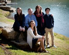 Family Portraits - Family Portrait Ideas - Family Pictures - Sculpture Garden