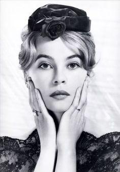 Leslie Caron 1960